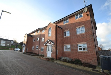 7 Stonebridge Court, 2 Farnley Crescent