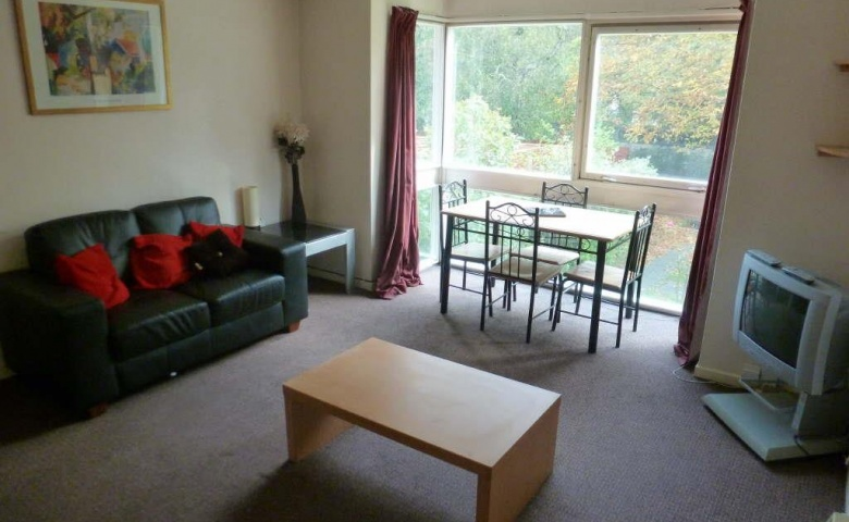 Flat 27 Mountfields Clarendon Road